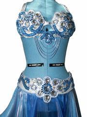 Продается новый костюм для восточных танцев